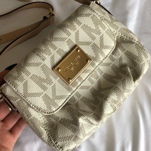 Michael Kors small crossbody shoulder purse